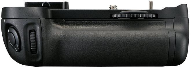 NIKON GRIP MB-D14