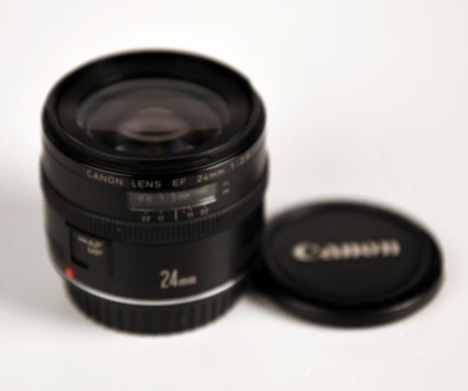 CANON 24mm F/2.8 EF