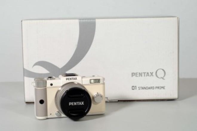 PENTAX Q + 8.5mm f/1.9