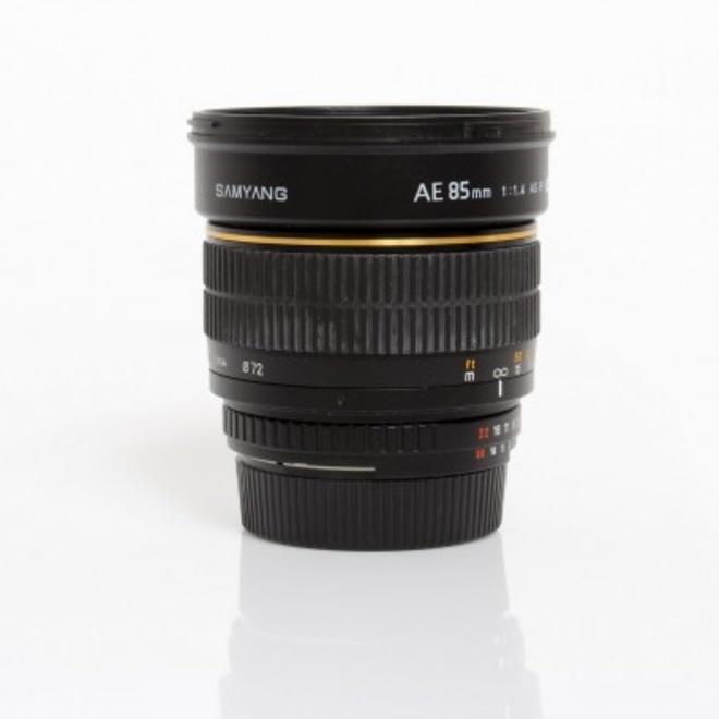 SAMYANG 85mm f/1.4 AS IF