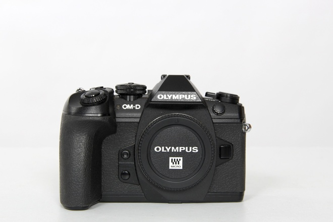 Olympus om-d e-m1 mark II boiter nu