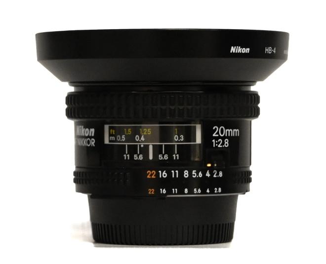 Nikon AF Nikkor 20mm F/2.8
