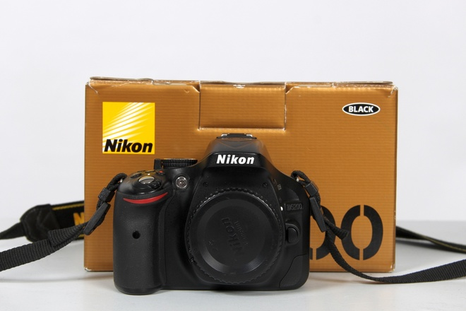 Nikon d5200 boitier nu