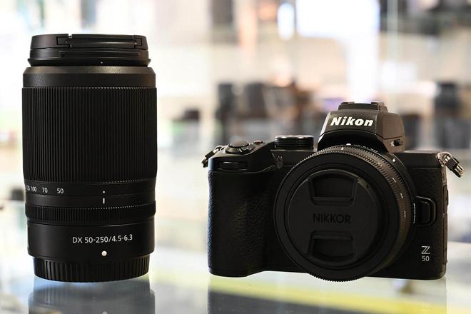 NIKON KIT  Z 50  + 16 50mm DX 3.5 6.3  +  DX 50  250 mm  4.5  6.3  NIKKOR