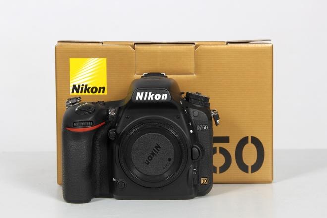 NIKON D750 BOITER NU