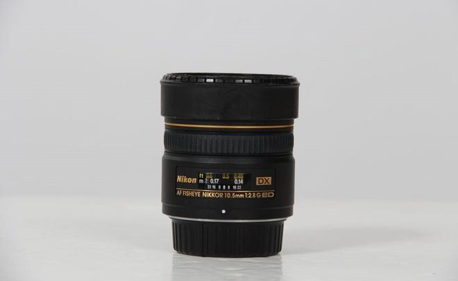 NIKON AF DX 10.5mm f/2.8 G ED FISHEYE