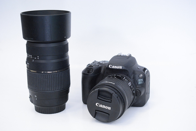 CANON EOS 200D+18-55 IS + TAMRON 70-300 F4-5,6