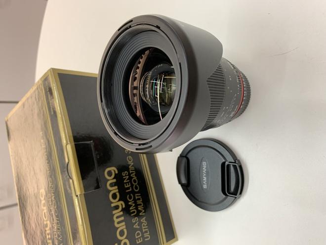 SAMYANG 35 mm f1.4 Monture nikon