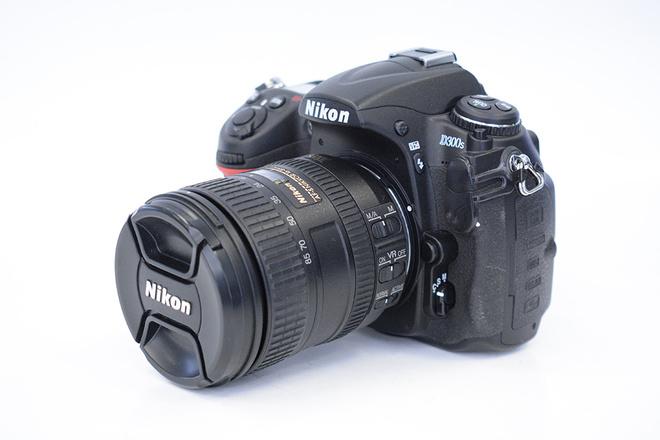 NIKON D300S+16-80 F3,5-5,6 G