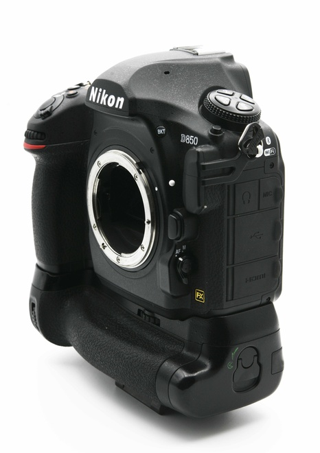 Nikon D850 + Grip