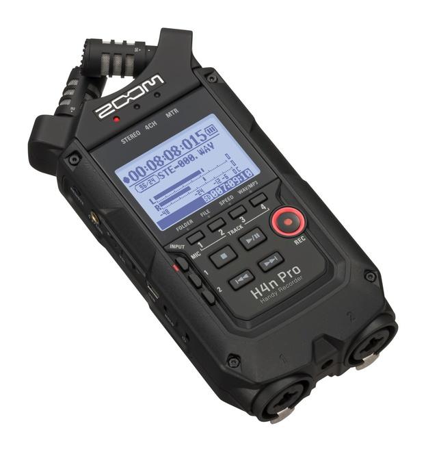 ZOOM Enregistreur 4 pistes portable