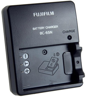 FUJI CHARGEUR BATTERIE BC-65N