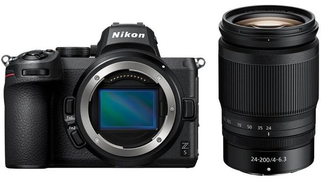 NIKON Z5 + 24-200/4.0-6.3 VR