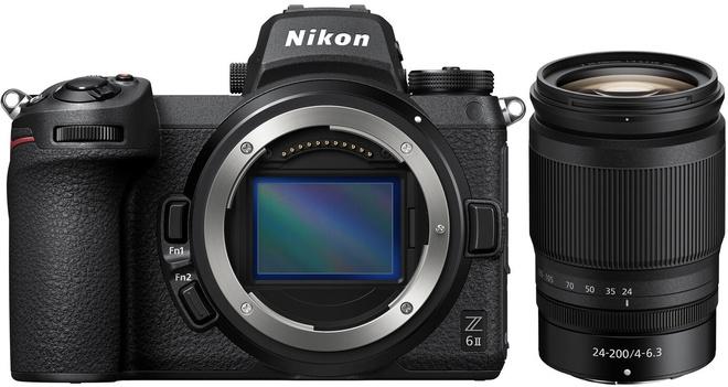NIKON Z6 II + 24-200/4-6.3 VR